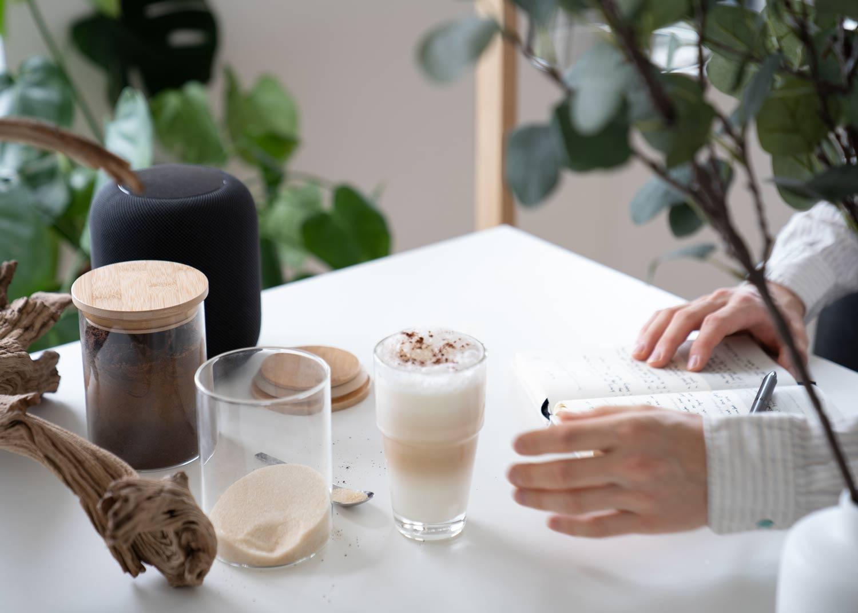 alego Vorratsgläser beim Kaffee trinken